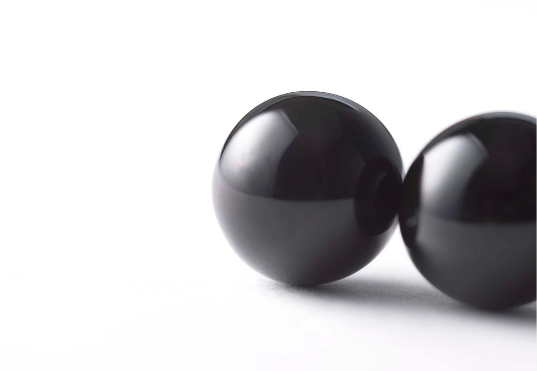 YOSHIE INABA 鼈甲イヤリング 15mm玉